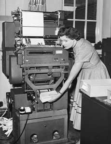 Number crunching in the 1960s blog punch card operator image